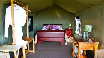 Livingstone Lodge double safari tent
